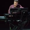 """Fabrizio Allegrini pianista e tastierista degli Indiana Supermarket dal vivo all'Auditorium """"Parco della Musica"""" di Roma."""